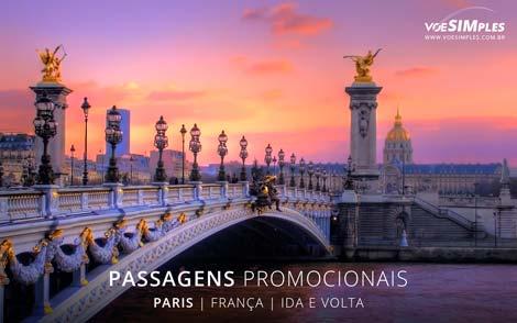 Passagem aérea para Paris